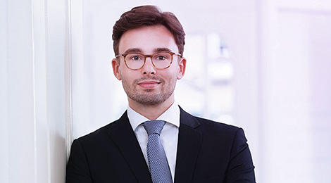 Lukas Zyla ist Associate bei der Transformation & Development