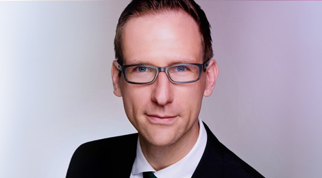Andreas Falck Senior Manager