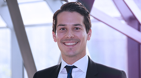 Finn Bischoff is Vice President (Project Manager), Deutsche Bank AG